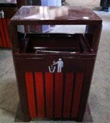 木条垃圾桶单桶 HC3059,尖顶木条垃圾桶,侧投口木条垃圾桶,木条垃圾桶单桶