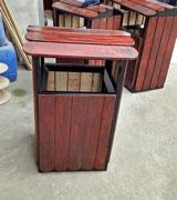 带盖双侧投口钢木垃圾桶单桶 HC3043,带盖钢木垃圾桶,双侧投口钢木垃圾桶,钢木垃圾桶单桶